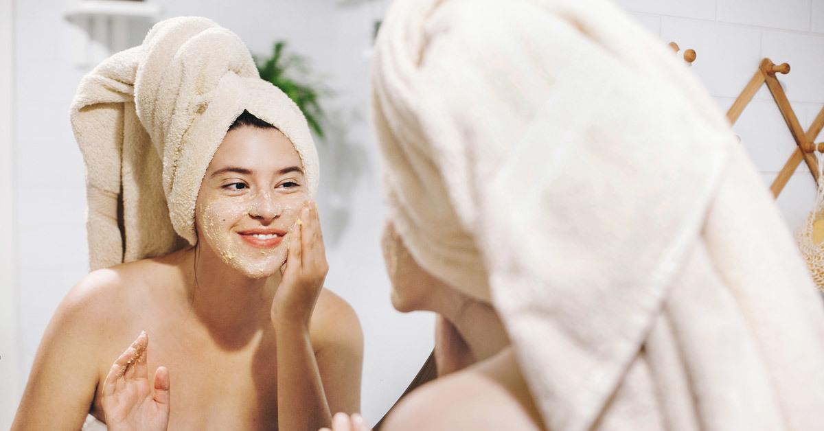 Peeling enzimatico: cos'è e perché è così importante per il benessere della nostra pelle